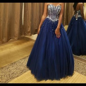 Dresses & Skirts - Strapless royal blue gown with silver